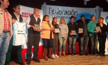 Delegación de Federal fue premiada por Diario UNO en Federación