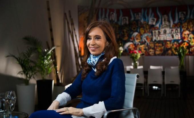 Cristina Kirchner repunta en las encuestas de cara a 2017: ya escaló 13 puntos