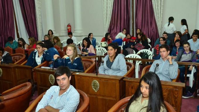 Comienzan las instancias departamentales del Senado Juvenil
