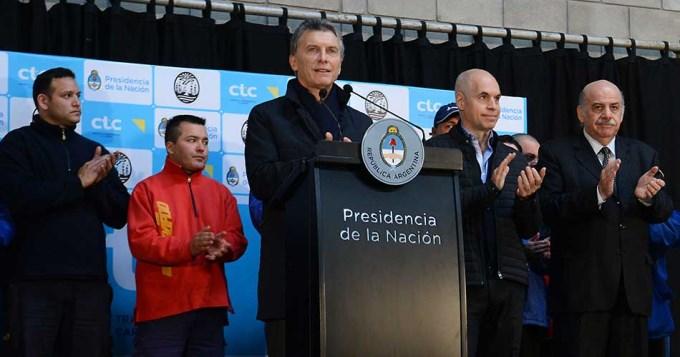 Macri minimizó el cruce entre Prat Gay y Sturzenegger