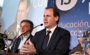 """Bordet: """"Vamos a sostener las políticas que propendan a alentar al sector industrial"""""""