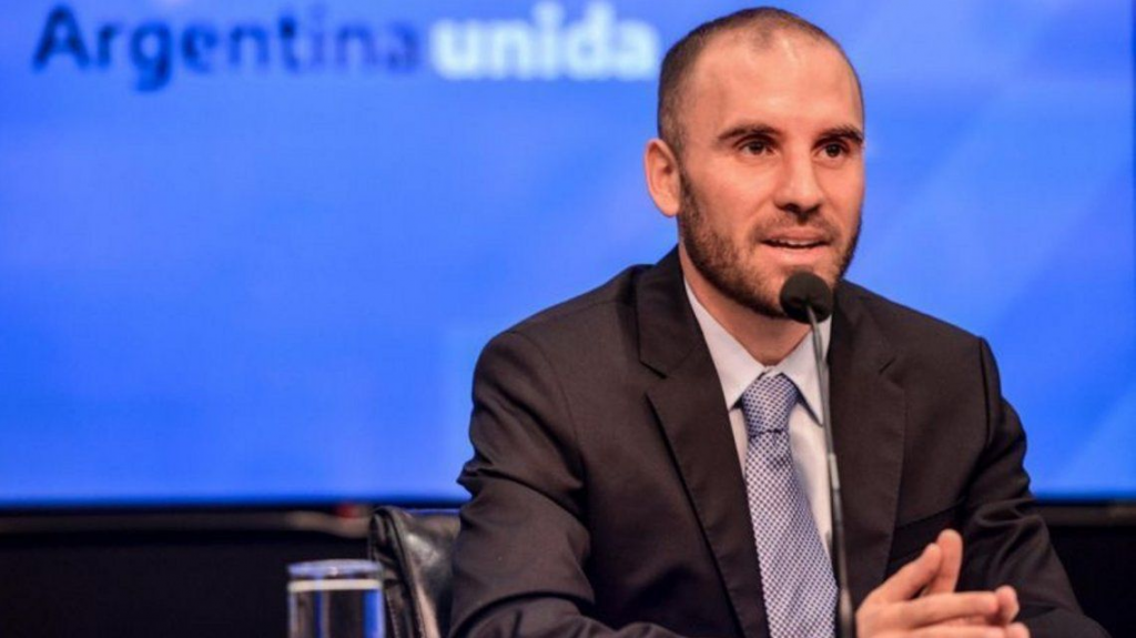 Guzmán anunció que el 98,8% de la deuda bajo ley local también fue reestructurada