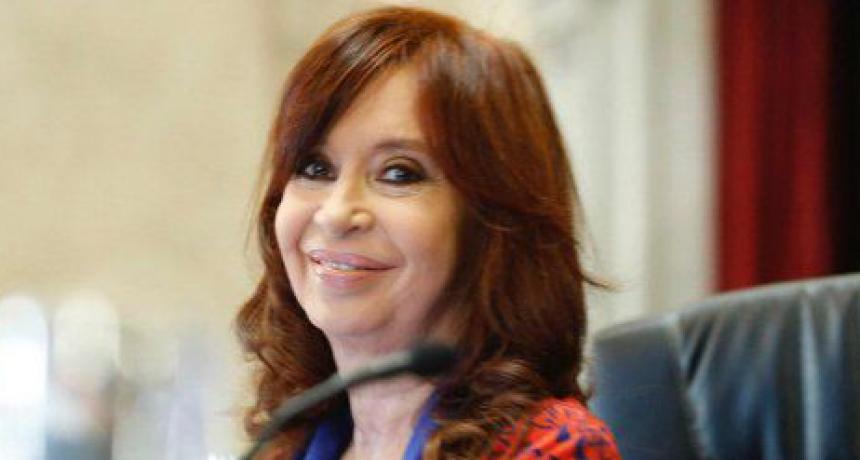 Cristina Kirchner denuncia que el macrismo quiere paralizar el Senado
