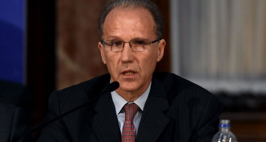 Alberto Fernández vs. Carlos Rosenkrantz: