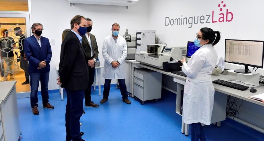 Bordet visitó el laboratorio entrerriano que investiga el primer tratamiento contra el coronavirus en el país