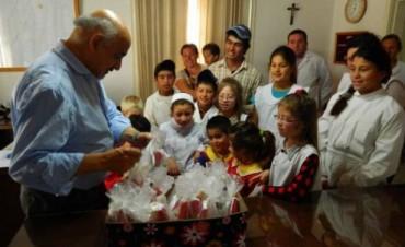 Alumnos de la Escuela Nº21 de Chañar visitaron distintos emprendimientos y lugares