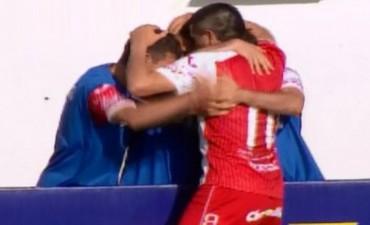 Argentinos goleó a Boca Unidos en Corrientes 4 a 0 con un gol de Riquelme