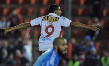 Huracán goleó a Sport Recife y dio otro paso en la Sudamericana