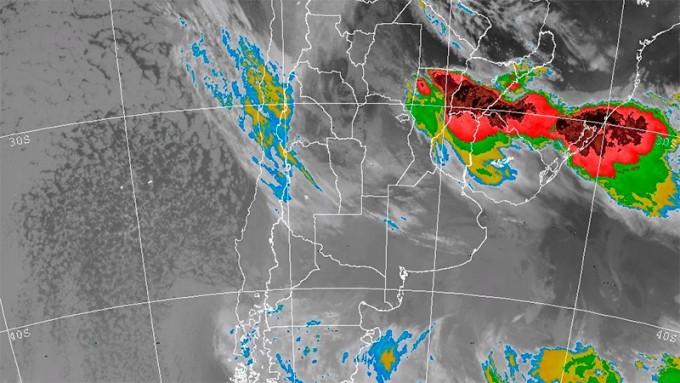 Nueva alerta por tormentas fuertes para el centro y norte de Entre Ríos