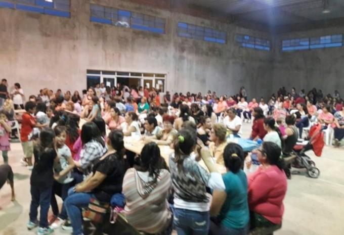 Bernardi: El Municipio agasajó a las madres por su día