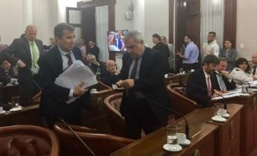 Tensión y polemica en el Senado entrerriano: Uno de los bloques se retiró del recinto