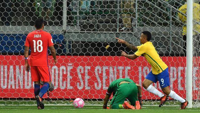 Brasil goleó a Chile y lo dejó sin Mundial