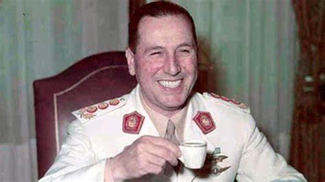 8 de octubre. Aniversario del nacimiento de Juan Domingo Perón