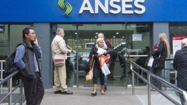 Cómo anotarse en los créditos de ANSES para los que cobran la Pensión Universal