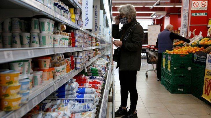 Hubo reunión con representantes de supermercados y avanza el control de precios en la provincia