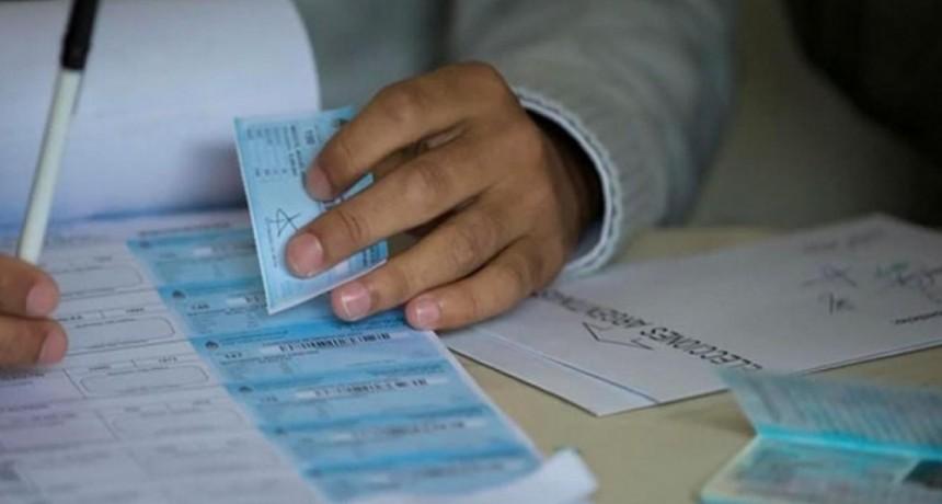 El jueves se inicia el pago para las autoridades de mesa de las elecciones de septiembre