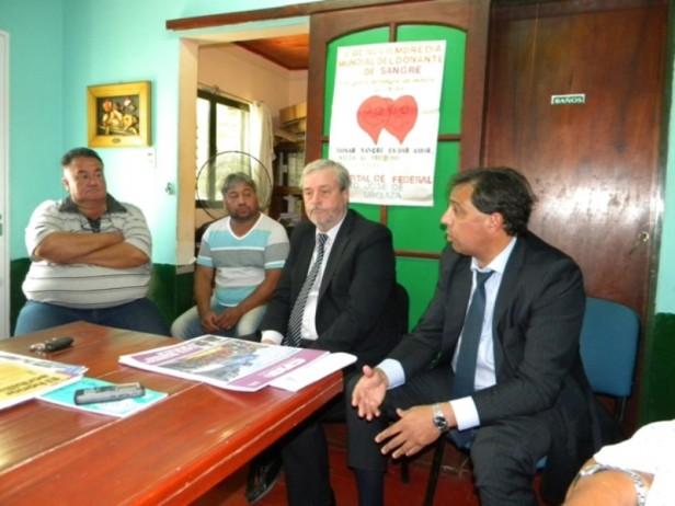 Fructífera reunión entre referentes gremiales de ATE, AGMER, SOEM, jubilados y autoridades del Nuevo Banco de Entre Ríos S.A.