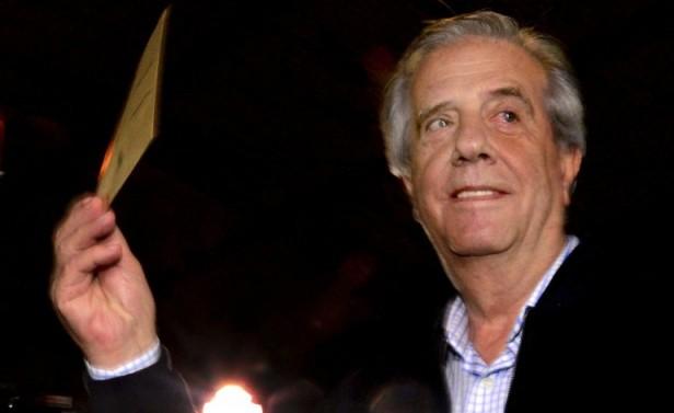 Bocas de urna dan ganador a Tabaré Vázquez con el 53% de los votos