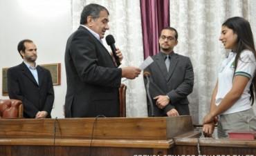 El vicegobernador tomó juramento a los senadores juveniles
