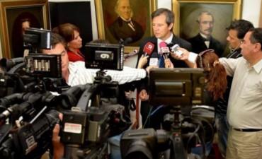 Gobierno anunció que no convocará a docentes hasta enero de 2016