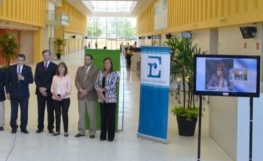 La Presidenta inauguró la sección habilitada del nuevo hospital de Paraná