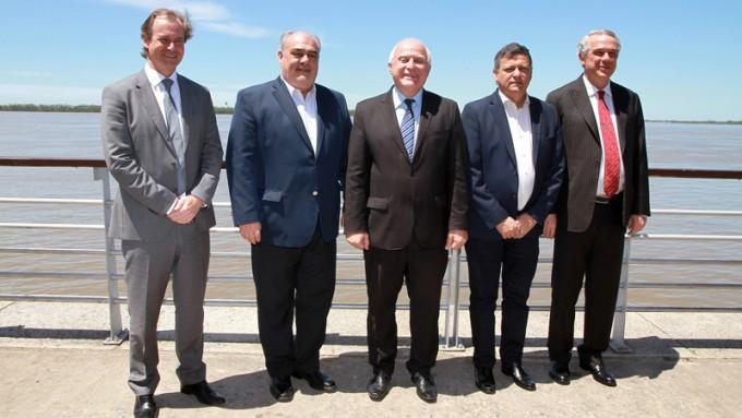 Bordet y otros cinco gobernadores buscan impulsar la Hidrovía Paraguay - Paraná