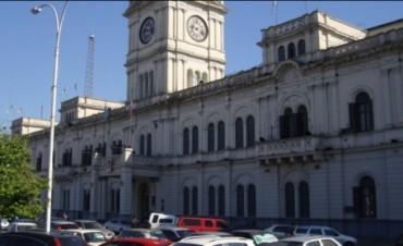 Estatales perciben sus haberes con el aumento otorgado por el gobierno