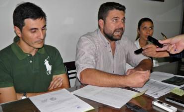 Chapino fue invitado por el Gobierno Provincial para el Congreso de Alcaldes en Barcelona