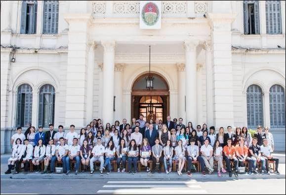Comenzó la etapa provincial del Senado Juvenil - Nuestros alumnos acompañados por la Senadora Miranda