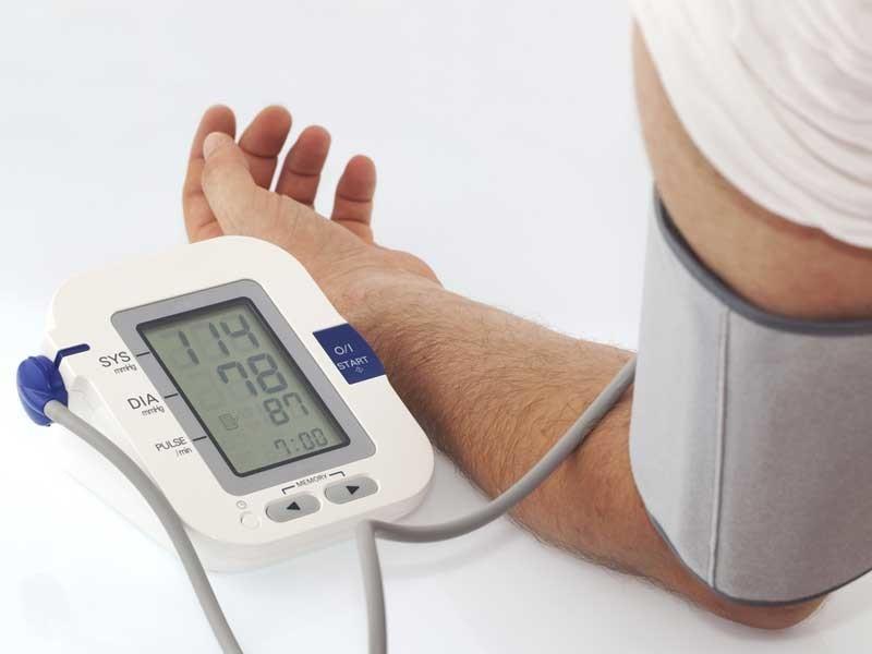 Nueva definición de presión alta: la sufre casi la mitad de la población en los EEUU