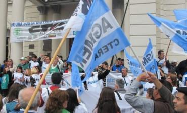 Las 10 peticiones que AGMER le hizo a Marta Landó