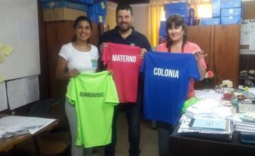 NUEVA INDUMENTARIA PARA EL PERSONAL DE LA COLONIA DE VACACIONES