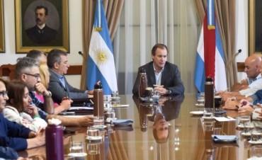 Bordet expuso ante diputados y senadores justicialistas el consenso fiscal acordado con Nación
