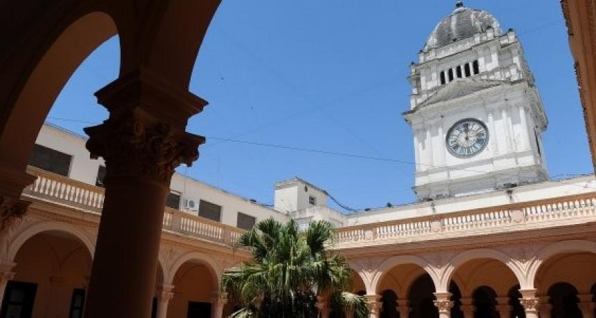 La Justicia convocó al gobierno y los gremios docentes para el miércoles