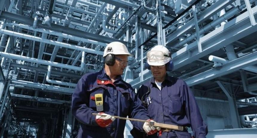 La industria se desplomó 11,5% en septiembre, la mayor contracción en casi una década