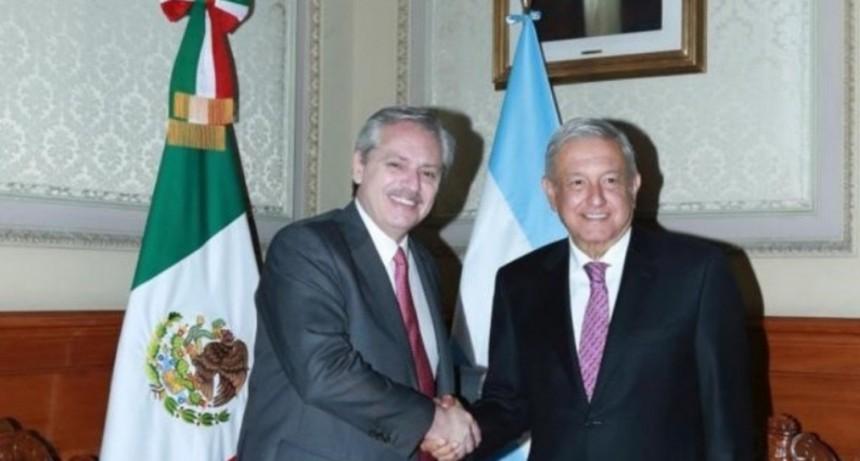 El encuentro se produjo en el Palacio Nacional de México -  Alberto Fernández se reunió con López Obrador