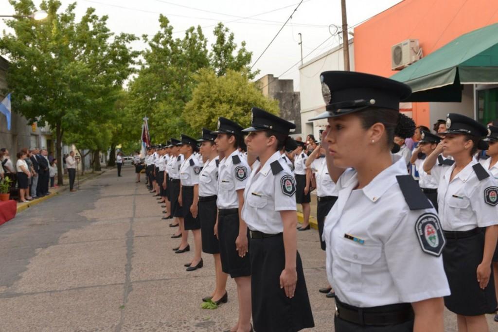 Se encuentran abiertas las PREINSCRIPCIONES a la carrera de OFICIALES de la Policía de Entre Ríos