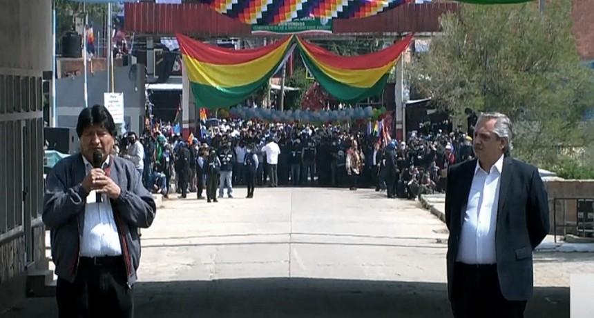 Desde La Quiaca: el Presidente despidió a Evo Morales, quien regresa a Bolivia