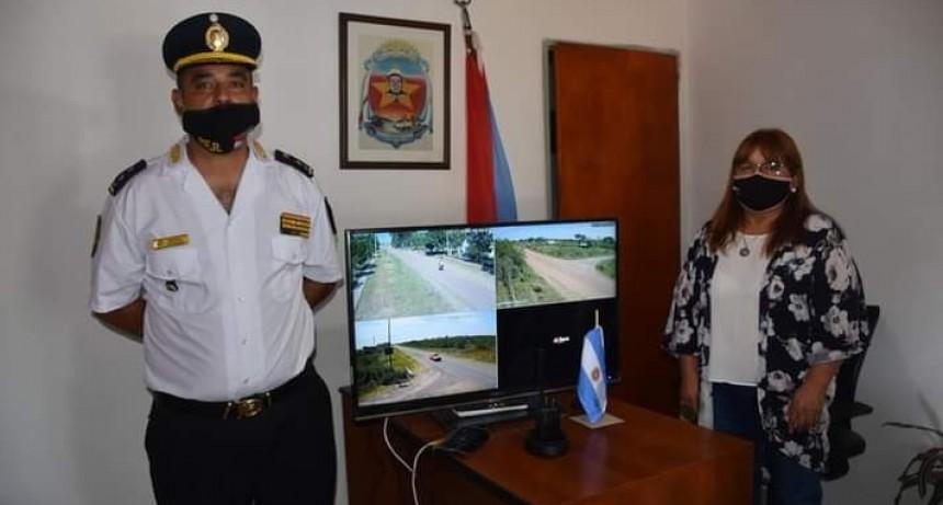 INAUGURARON CÁMARAS DE SEGURIDAD EN CONSCRIPTO BERNARDI