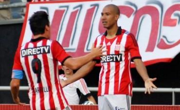 Estudiantes se quedó con las ilusiones de Tigre en La Plata