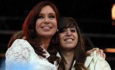 Florencia Kirchner recibió el alta luego de pasar la noche en la Fundación Favaloro