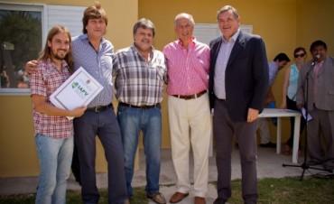 20 familias de estatales de General Campos con vivienda propia