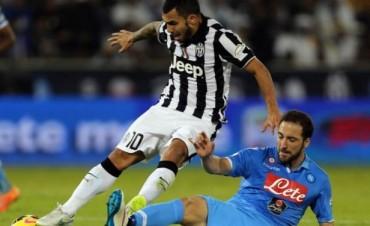 Napoli ganó la Supercopa de Italia con un Higuaín infalible