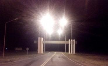 Nueva iluminación en el acceso a Bernardi