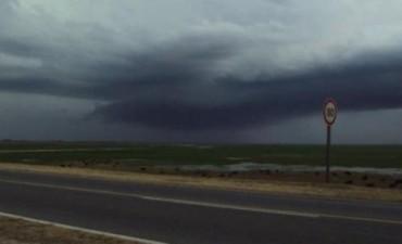 Pronostican lluvias pero advierten que seguirán las altas temperaturas