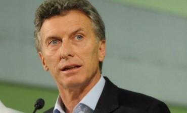 El medio aguinaldo de este mes pagará Ganancias, según confirmó Macri y aseguró que en enero habrá cambios