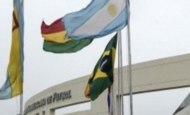 Macri asistirá el lunes a su primera cumbre del Mercosur