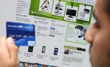 Eliminaron el recargo del 35 por ciento para las compras con tarjeta en el exterior