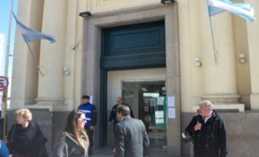 Los bancos atenderían normalmente en Entre Ríos este 24 de diciembre