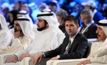 Messi fue la atracción de la ceremonia de inauguración de los premios Globe Soccer